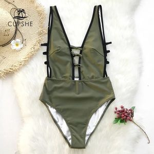 NWT Cupshe Swimming Suit